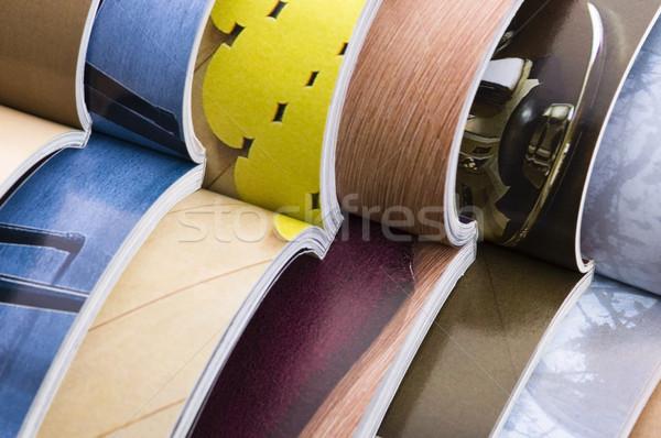 Stockfoto: Open · tijdschriften · papier · onderwijs · kleur