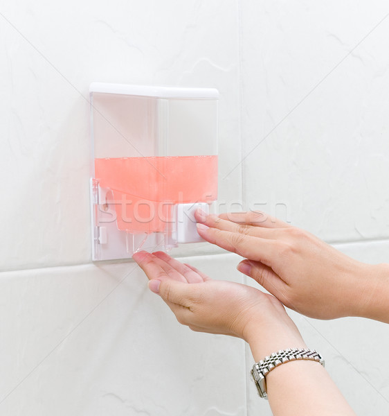 Temizlik el jel kutu hazır kadın Stok fotoğraf © JohnKasawa