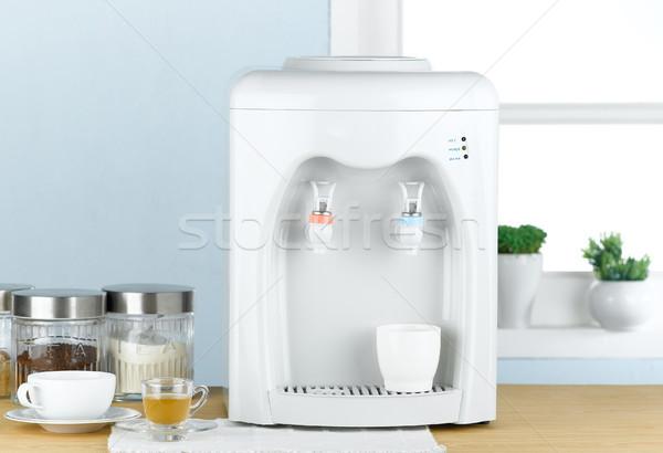 Foto stock: Dois · um · quente · legal · água · potável