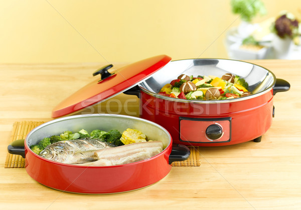 複数 目的 電気 パン いい 食品 ストックフォト © JohnKasawa