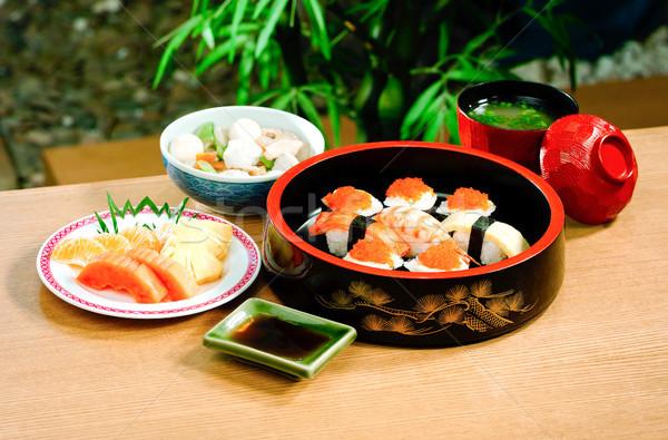 Sushi maki cibo giapponese set alimentare pesce Foto d'archivio © JohnKasawa