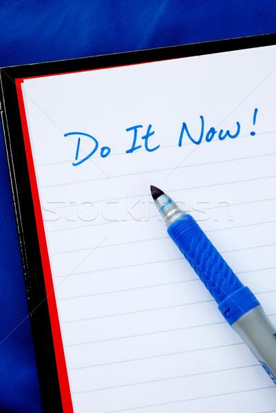 Ahora conceptos para hacer la lista aislado azul pluma Foto stock © johnkwan