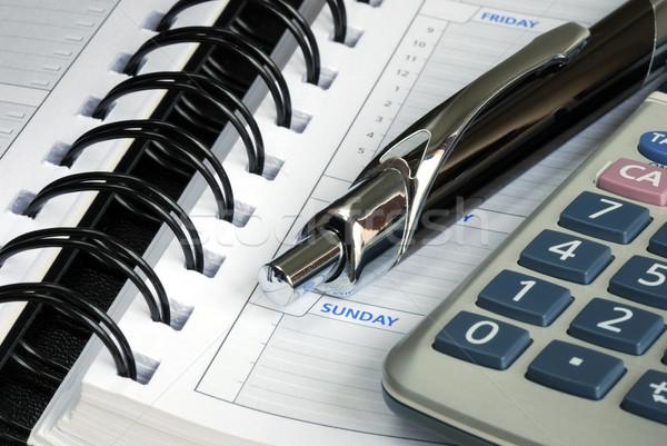 Widoku Kalkulator pióro dziennik biuro Zdjęcia stock © johnkwan
