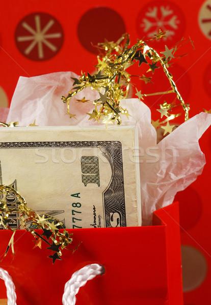 Foto stock: Dinero · rojo · regalo · bolsa · conceptos · fondo
