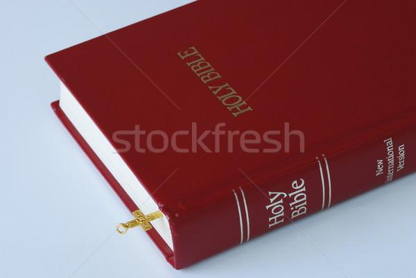 Gouden kruis bladwijzer bijbel Stockfoto © johnkwan