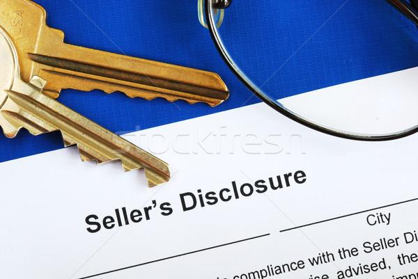 Podpisania sprzedawca nieruchomości transakcja sprzedaży formularza Zdjęcia stock © johnkwan