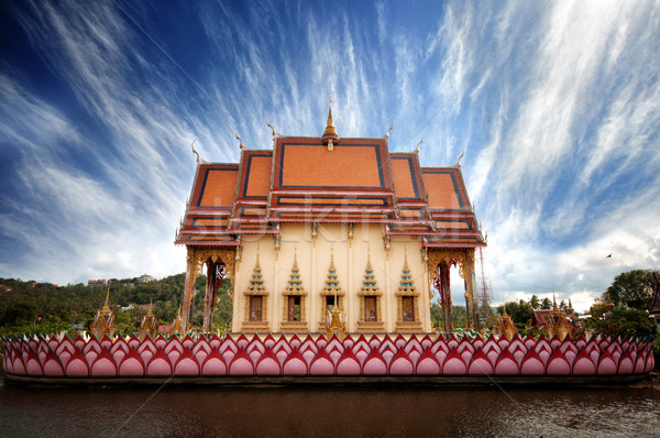 Bouddhique temple Thaïlande île lumière Palm Photo stock © johnnychaos
