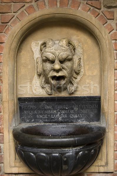 Pedra fonte escultura parede jardim arte Foto stock © johnnychaos