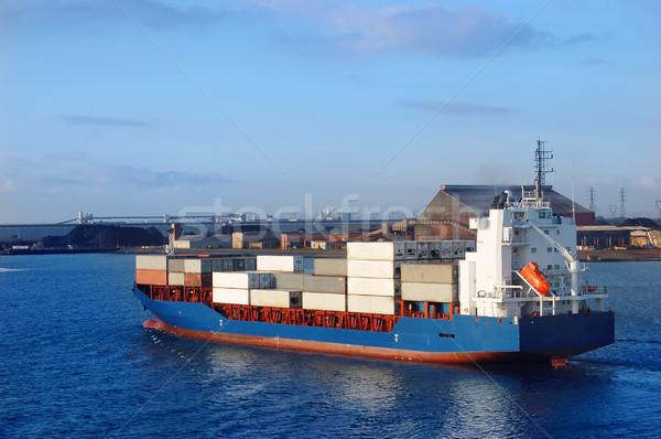 Konteyner gemisi konteyner feribot gemi okyanus stok Stok fotoğraf © johnnychaos