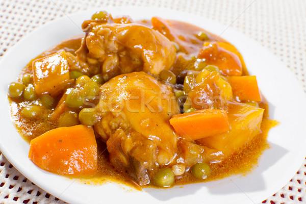 Tavuk plaka güveç patates havuç yeşil Stok fotoğraf © jomaplaon