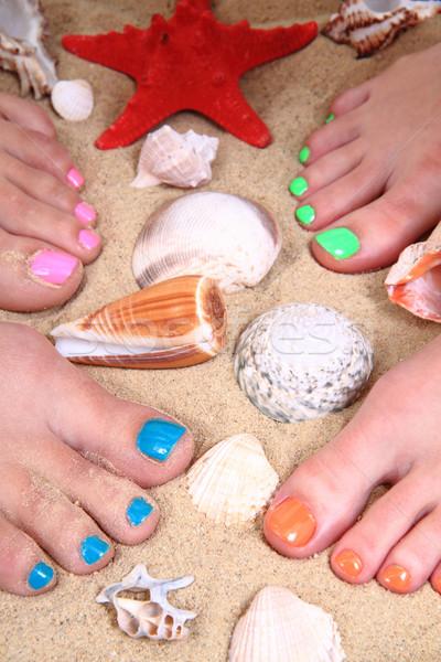 Pedicure kleur nagels strand vrouwen voeten Stockfoto © jonnysek