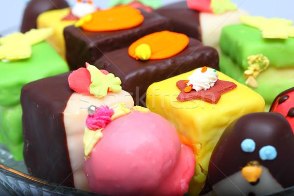 Colorido bolos marzipan vidro prato Foto stock © joruba
