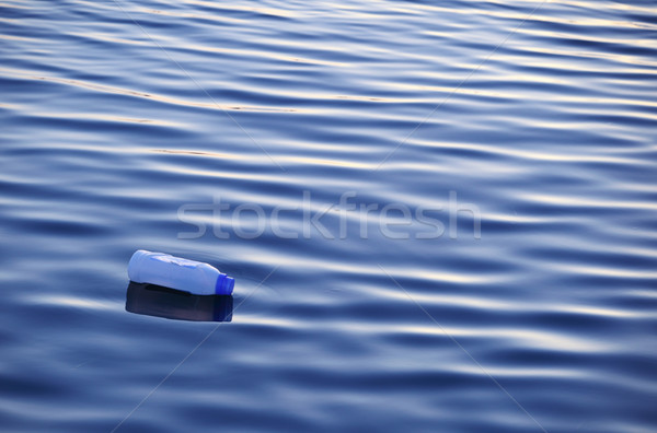 Plastik şişe yüzey su doğa Stok fotoğraf © joruba