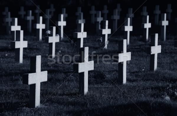 Cruzes cemitério noite grama atravessar militar Foto stock © joruba