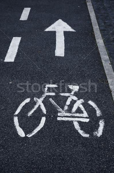 Bicicleta branco pintado símbolo cidade Foto stock © joruba