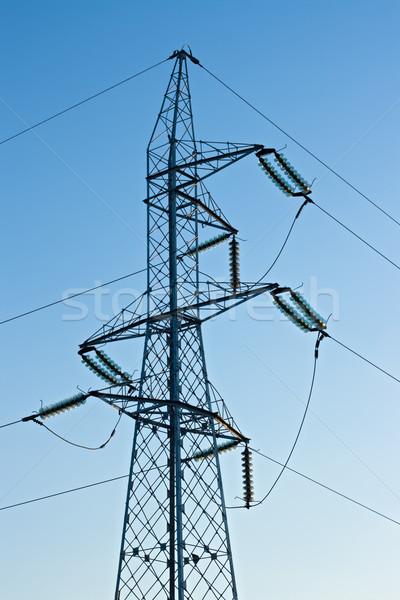 Alta tensione cavi cielo blu costruzione luce tecnologia Foto d'archivio © joseph73