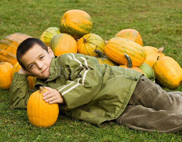 мальчика локоть лице счастливым фон Сток-фото © joseph73