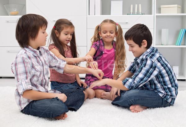 детей играет пальцы счастливым рук улыбка Сток-фото © joseph73