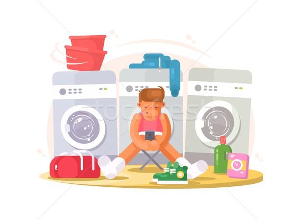 Hombre ropa interior espera lavado ropa lavandería Foto stock © jossdiim