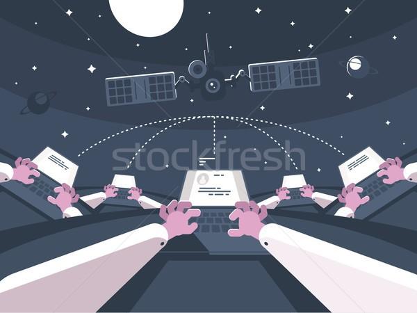 Iletişim elektronik mesajlaşma yazışma mesafe dizüstü bilgisayar Stok fotoğraf © jossdiim