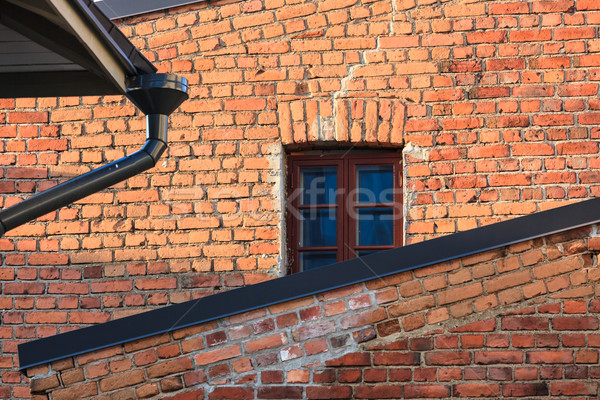 Сток-фото: дома · фасад · кирпичная · стена · окна · детали · здании