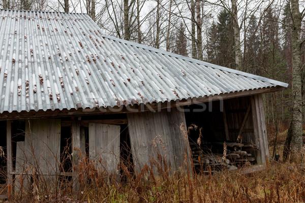 Eski ahır kış duvar Metal Stok fotoğraf © Juhku