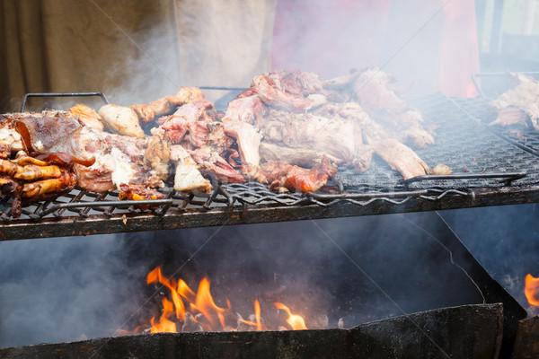 Varkensvlees vlees gegrild open vuur buitenshuis voedsel Stockfoto © Juhku