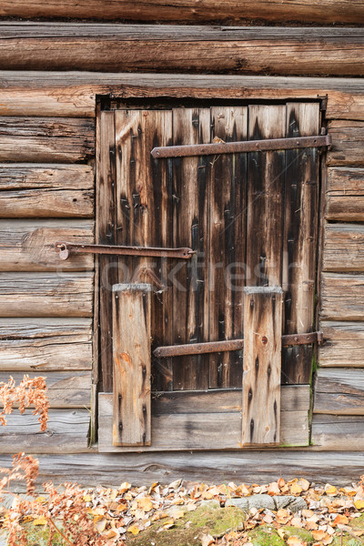 Oude houten schuur deur gesloten gebouw Stockfoto © Juhku