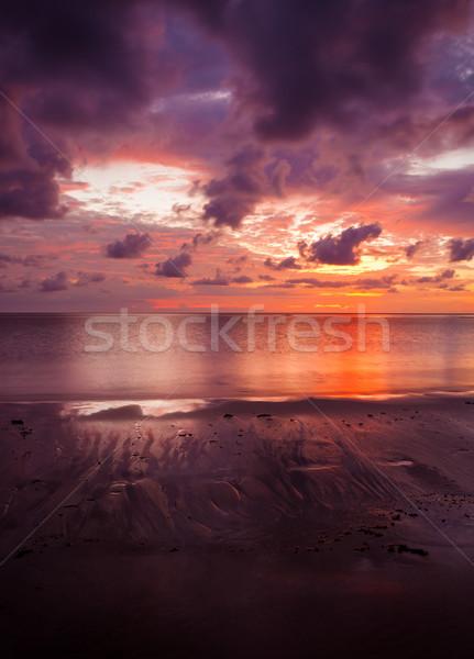 Kleurrijk zonsondergang zand strand borneo dramatisch Stockfoto © Juhku