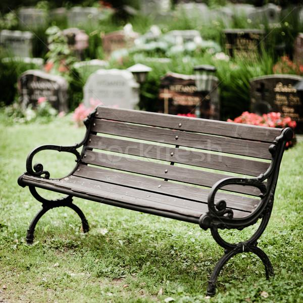 пусто старые скамейке кладбище древесины Сток-фото © Juhku