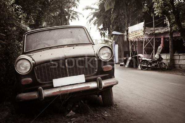 Dirty abandoned old -fashioned car Stock photo © Juhku
