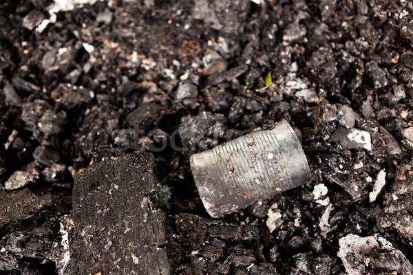étain peuvent sol abandonné urbaine trash Photo stock © Juhku