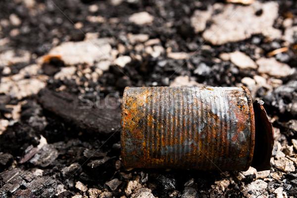 Konzervdoboz konzerv föld elhagyatott városi szemét Stock fotó © Juhku