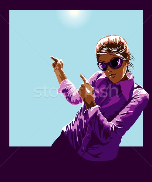 Zdjęcia stock: Młoda · kobieta · wskazując · wewnątrz · ramki · na · zewnątrz · słoneczny