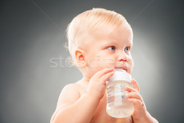 Stok fotoğraf: Sevimli · bebek · içme · suyu · portre · çocuk