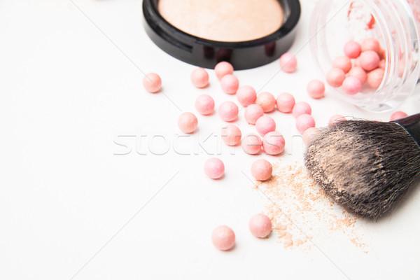 Gyöngyök sminkecset izolált fehér arc szépség Stock fotó © julenochek