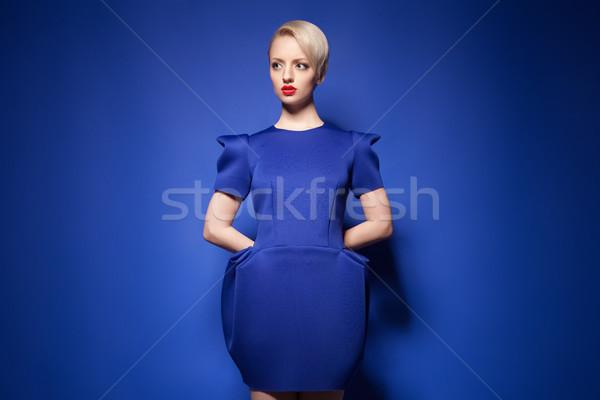 Elegante moda modello piccolo capelli biondi Foto d'archivio © julenochek