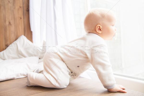 Kisgyerek kúszás fehér szoba ruha összes Stock fotó © julenochek