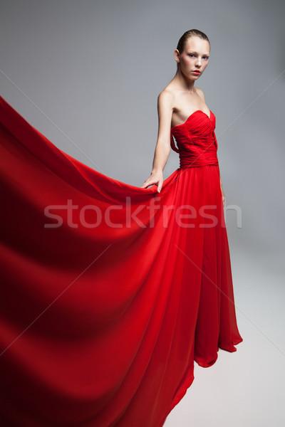 小さな ブロンド 少女 赤いドレス 飛行 スカート ストックフォト © julenochek