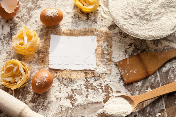 Caos cozinha cozinhar delicioso ovos farinha Foto stock © julenochek