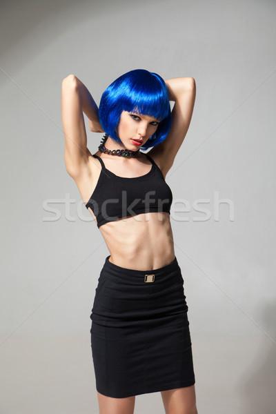 Portret szczupły dziewczyna niebieski peruka Zdjęcia stock © julenochek