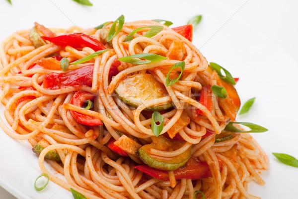 Spaghetti zucchine pomodoro colorato formaggio grattugiato alimentare Foto d'archivio © julenochek