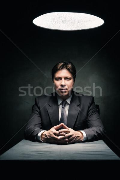 Adam takım elbise karanlık oda Stok fotoğraf © julenochek