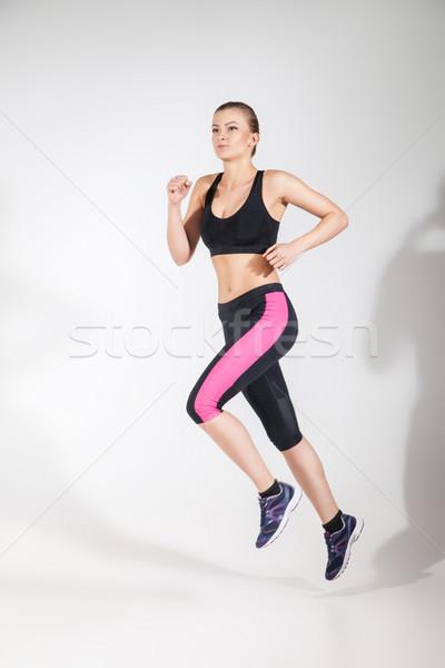 Jovem bela mulher corrida fitness desgaste mulher Foto stock © julenochek