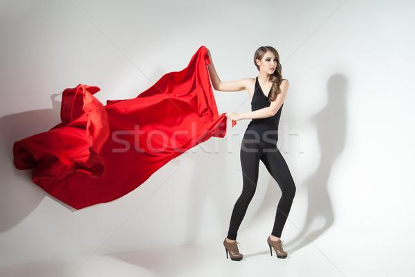 Menina vermelho pano jovem Foto stock © julenochek