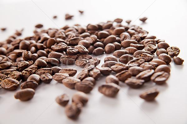 Grain de café blanche café noir alimentaire boire Photo stock © julenochek