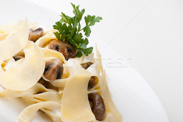Tagliatelle champignon peynir sos plaka Stok fotoğraf © julenochek