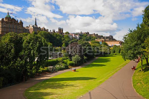 Utca kertek Edinburgh Skócia nyár nap Stock fotó © Julietphotography