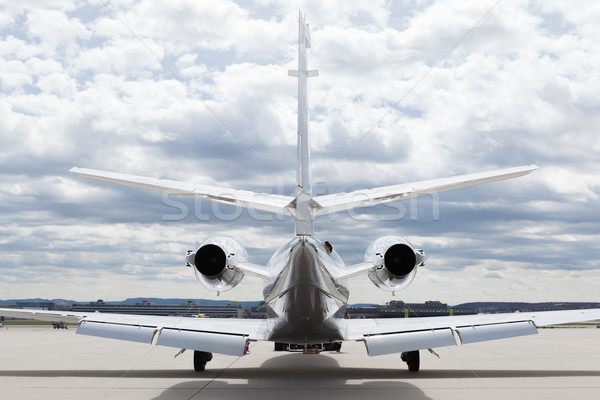 Foto d'archivio: Aeromobili · piano · aeroporto · nuvoloso · cielo · sole