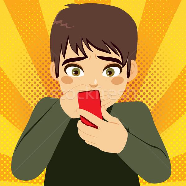 Okostelefon megfélemlítés tinédzser fiú kéz száj Stock fotó © Kakigori
